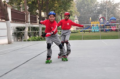 DIS SCHOOL,  Skating - 1
